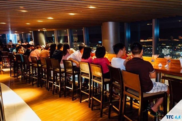 bat-mi-7-quan-cafe-san-thuong-co-view-ngam-sai-gon-tuyet-dep-ai-cung-me